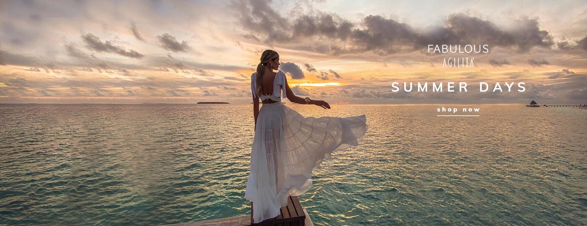banner unico desk - summer days